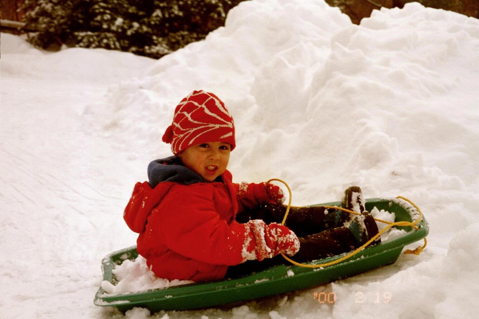 ZZSledding1Feb00.jpg (195705 bytes)